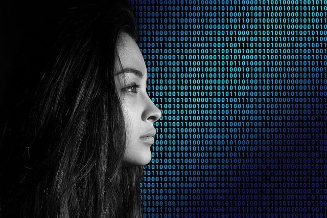 ネット依存症に悩む女性
