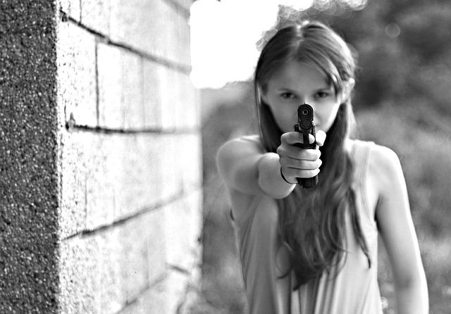 自分の身を守るために何か武器になるスキルを身に着けておくこと