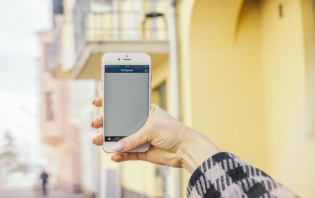 UQモバイルのiPhoneSE端末セットでお得にiPhoneデビューしよう
