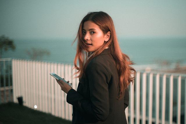 U-mobileの「LTE使い放題」プランはスマホを片時も手放せないジャンキーな人向けプラン!